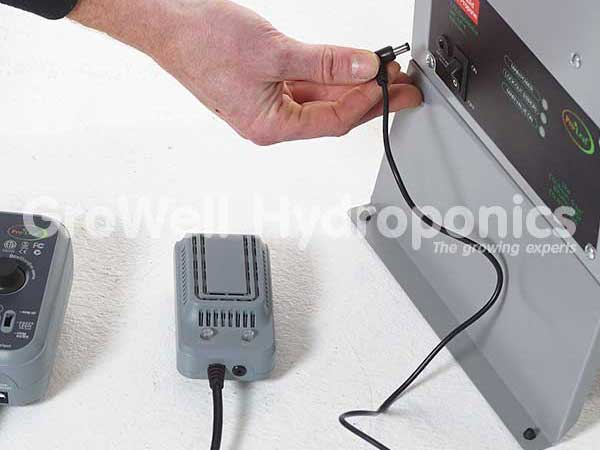 Connect the generator's power pack to the generator